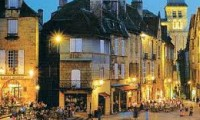 sarlat-town-centre-homepage